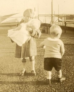 Marylin and Jack Simpson, children of Gladys and grandchildren of Henry and Molly Winegar.
