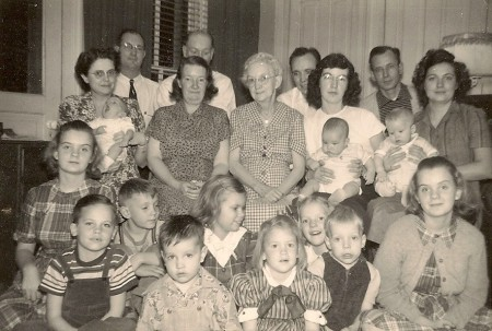 The Winegar family, 1952
