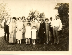 The Daniells-Bliss family picture, ca 1924.