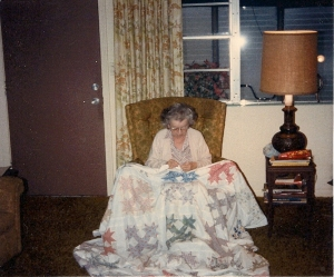 Eleanor makes a Bear Paw quilt,1986