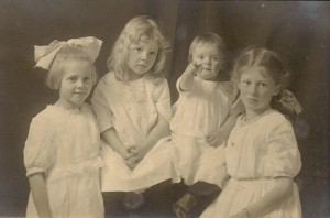 Left to right, Mary, Betty, Eleanor, and Dora Daniells, 1917